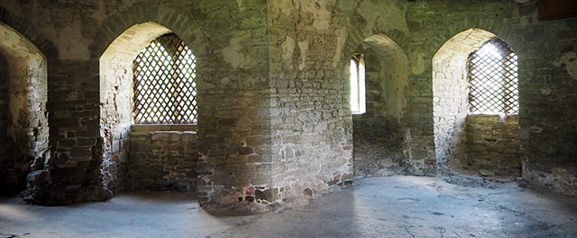 Inside Stokesay Castle