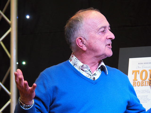Tony Robinson at Oswestry
