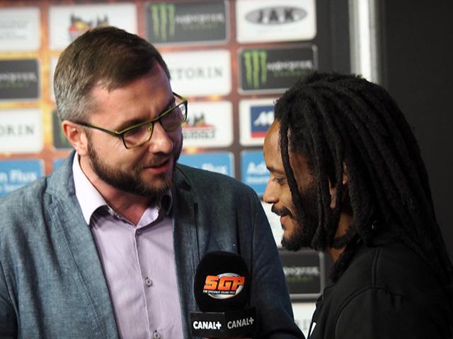 Antonio Lindback being interviewed