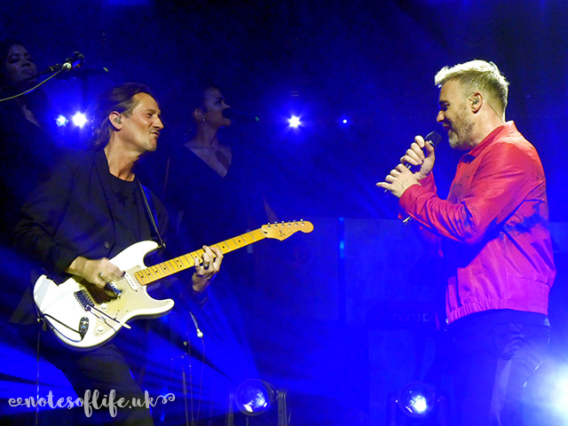 Gary Barlow with guitarist Milton McDonald.