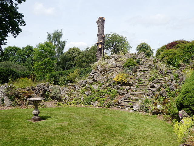 The grotto at Glansevern.