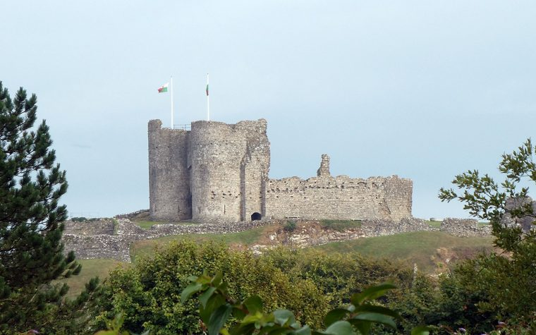 Criccieth Castle from the town