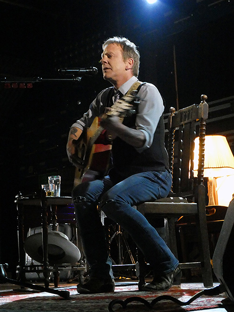 Kiefer Sutherland on stage at Gorilla, Manchester.