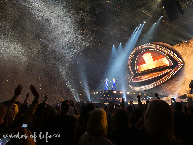 Take That being lowered down to the main stage (Arena Birmingham).
