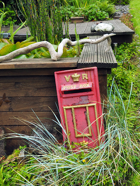 A post box in the garden!