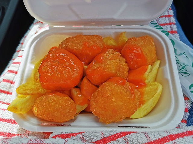 Sweet & Sour Chicken Balls with Chips.