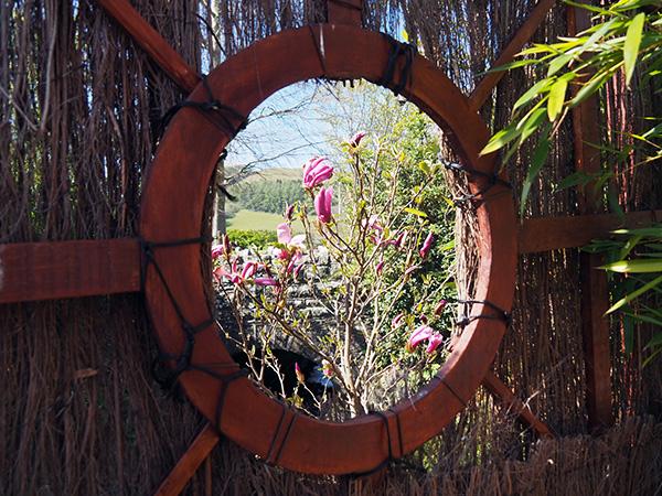 Looking through to the garden.
